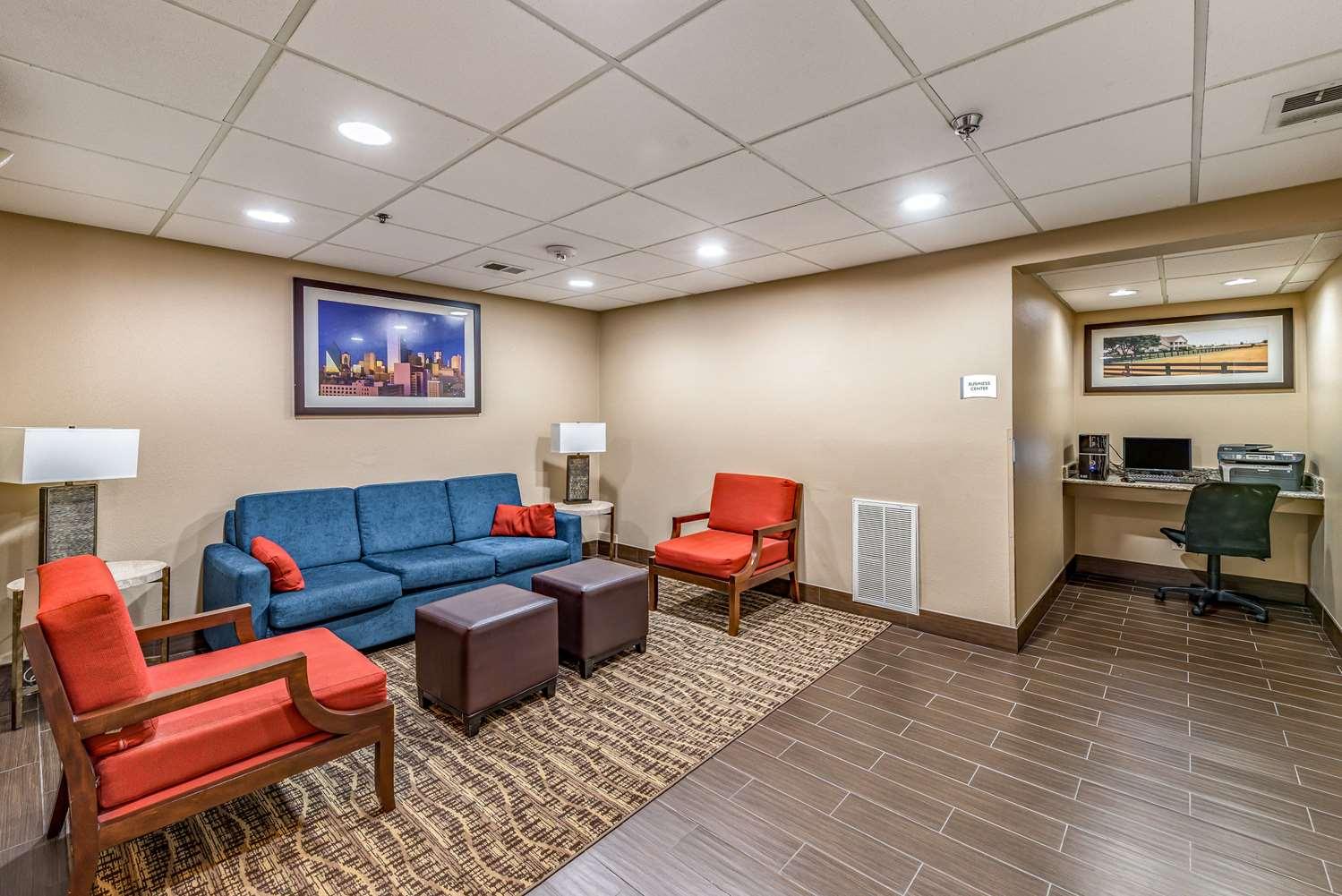 Lobby - Quality Inn near Baylor Medical Center Plano