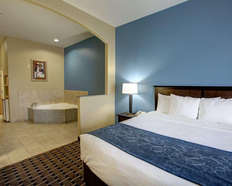 Suite - Comfort Suites Georgetown