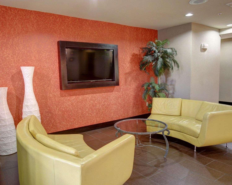Lobby - Comfort Suites Georgetown