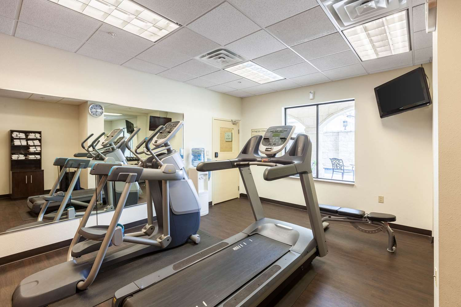 Fitness/ Exercise Room - Comfort Suites Alamo San Antonio