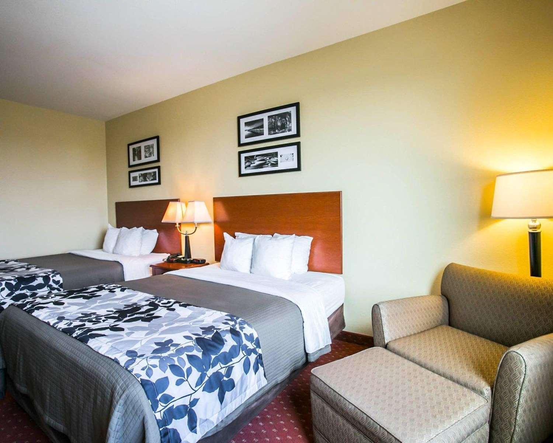 Room - Sleep Inn & Suites New Braunfels