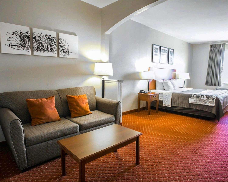 Suite - Sleep Inn & Suites New Braunfels