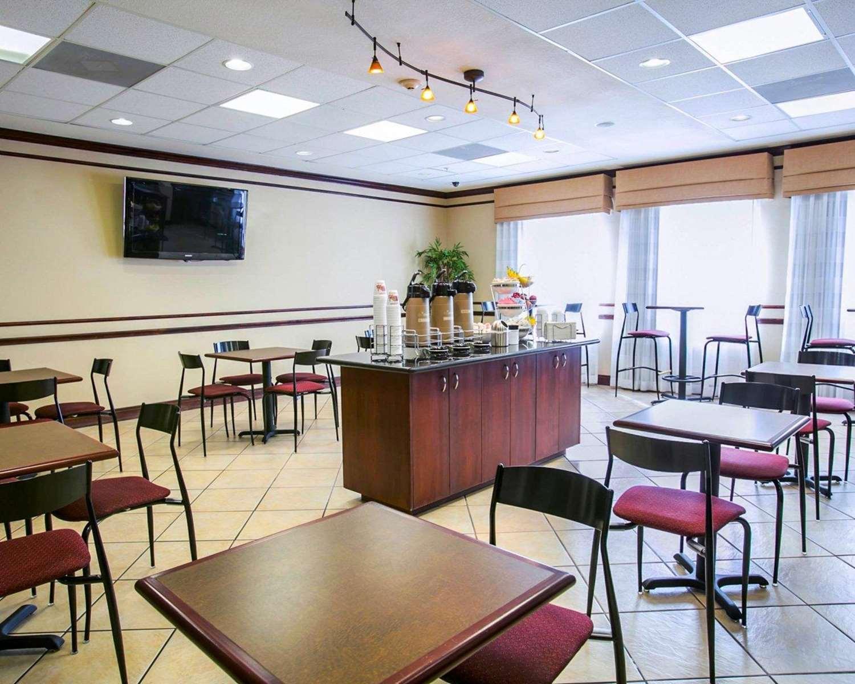 Restaurant - Sleep Inn & Suites New Braunfels