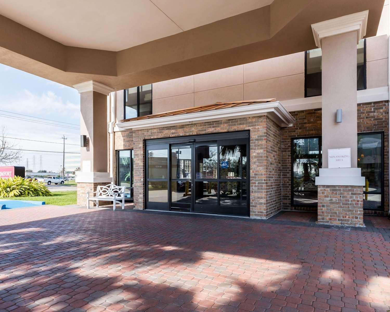 Exterior view - Comfort Suites Webster