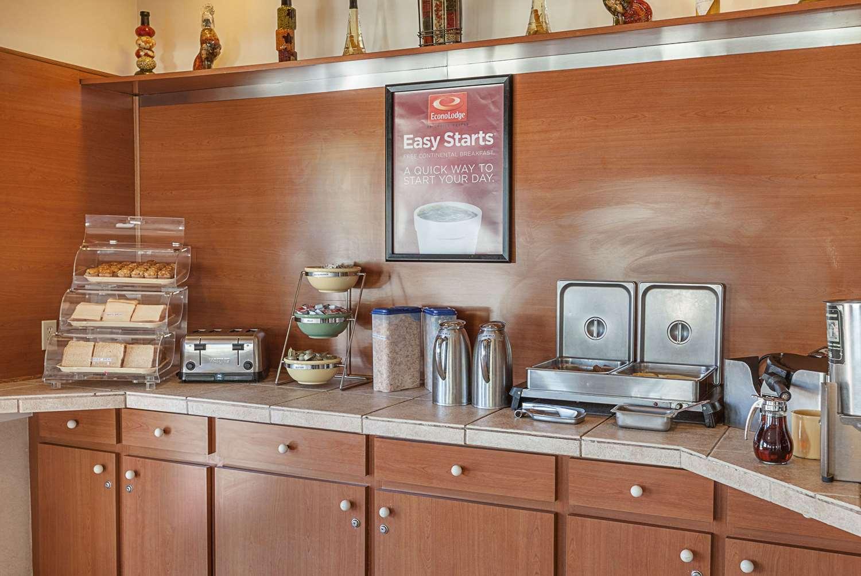 Restaurant - Econo Lodge South San Antonio
