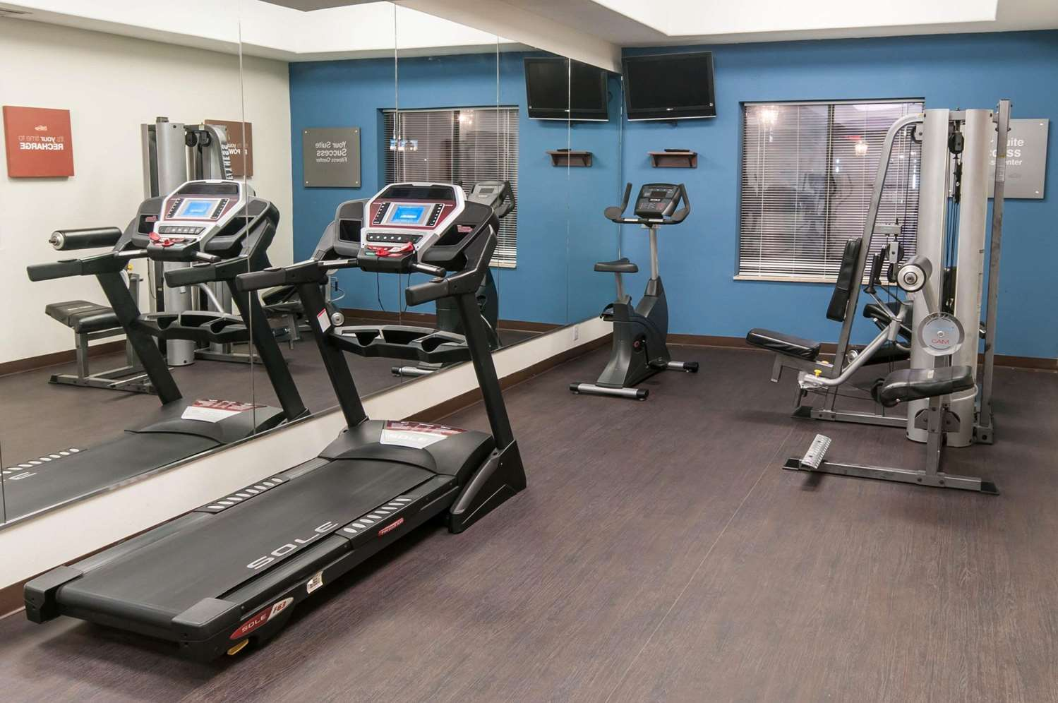 Fitness/ Exercise Room - Comfort Suites Hobby Airport Houston