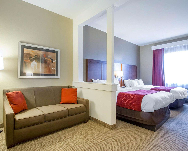 Room - Comfort Suites Abilene