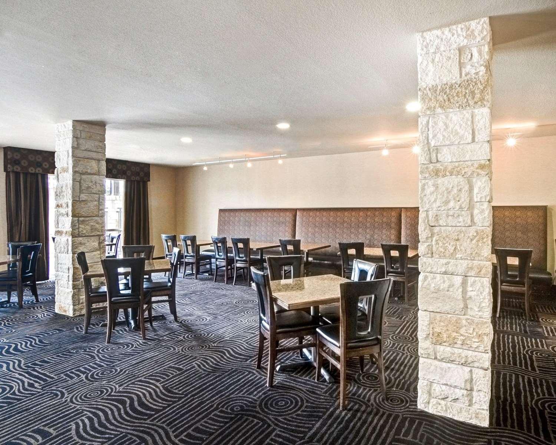 Restaurant - Comfort Suites Arlington