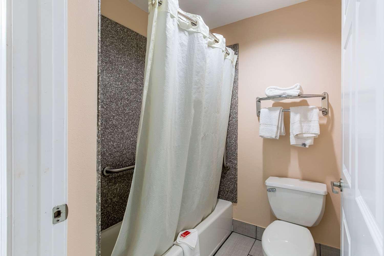 Suite - Econo Lodge Inn & Suites Bridge City