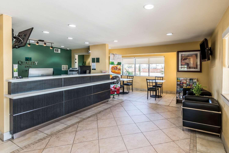 Lobby - Quality Inn Corsicana
