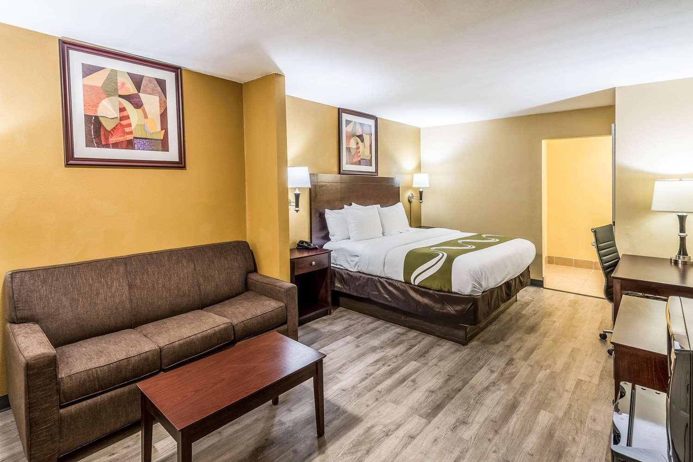 Suite - Quality Inn Corsicana