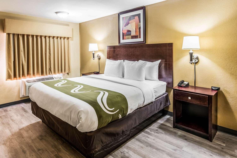 Room - Quality Inn Corsicana