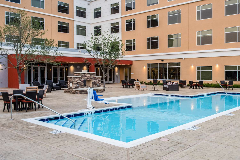 Pool Cambria Hotel Suites Mcallen Convention Ctr
