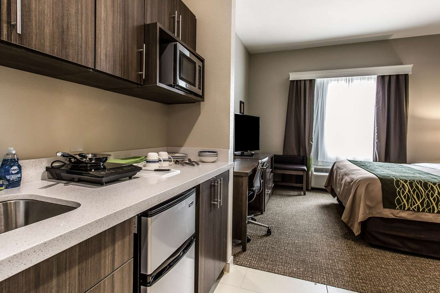 Room - Comfort Inn & Suites Snyder