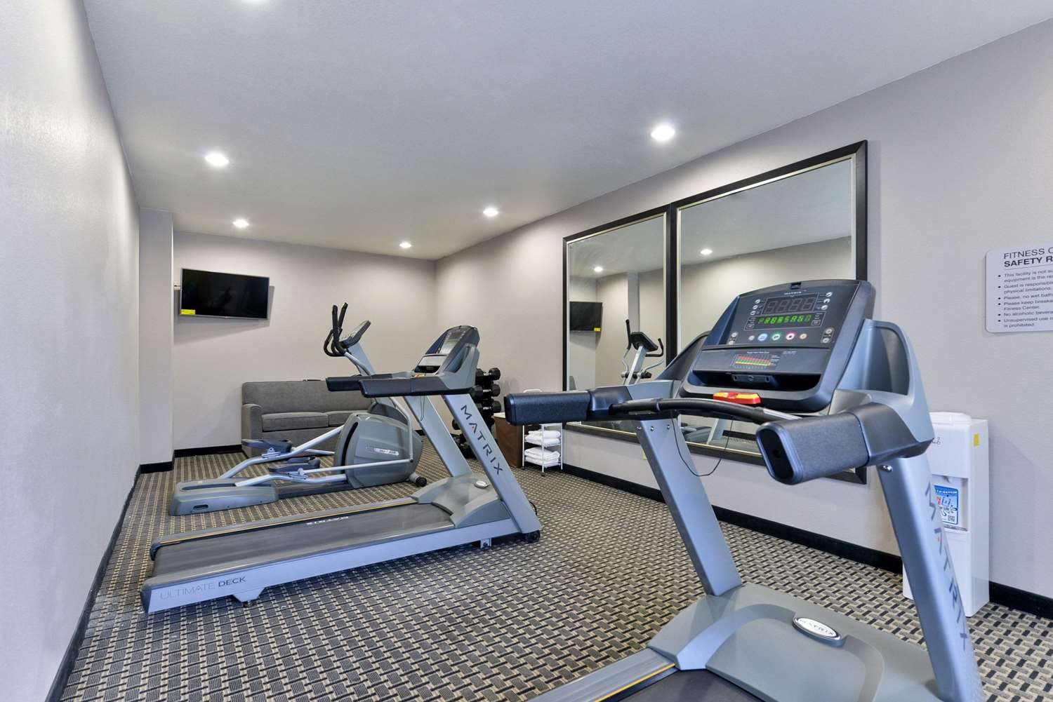 Fitness/ Exercise Room - Quality Inn & Suites Cotulla