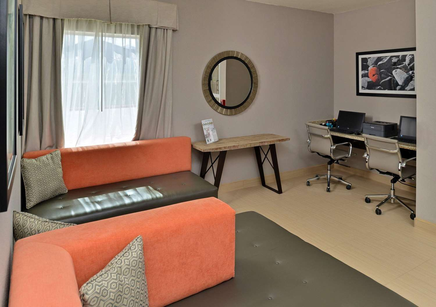 Conference Area - Quality Inn & Suites Cotulla