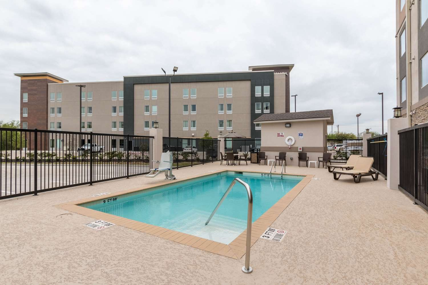 Pool - Sleep Inn & Suites College Station