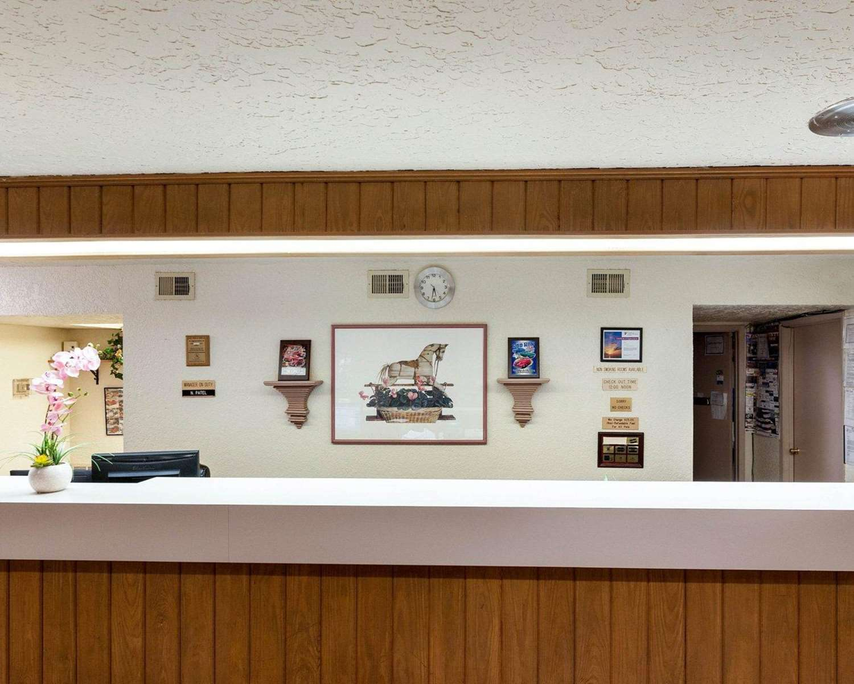 Lobby - Rodeway Inn Jasper