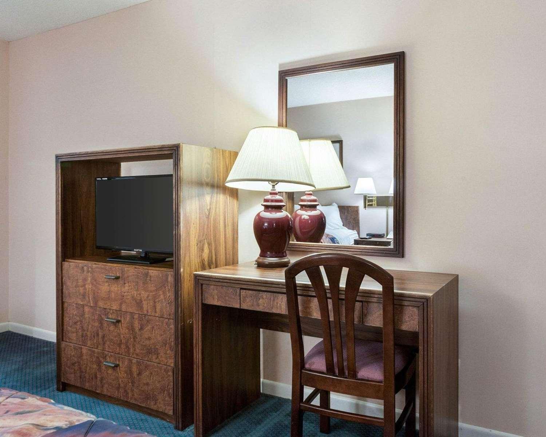 Room - Rodeway Inn Jasper