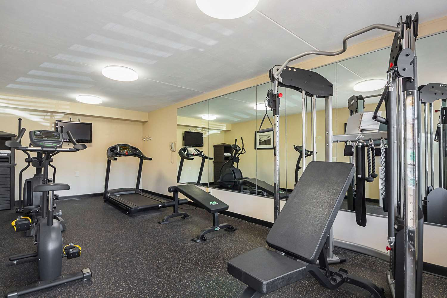 Fitness/ Exercise Room - Quality Inn & Suites Richland Hills