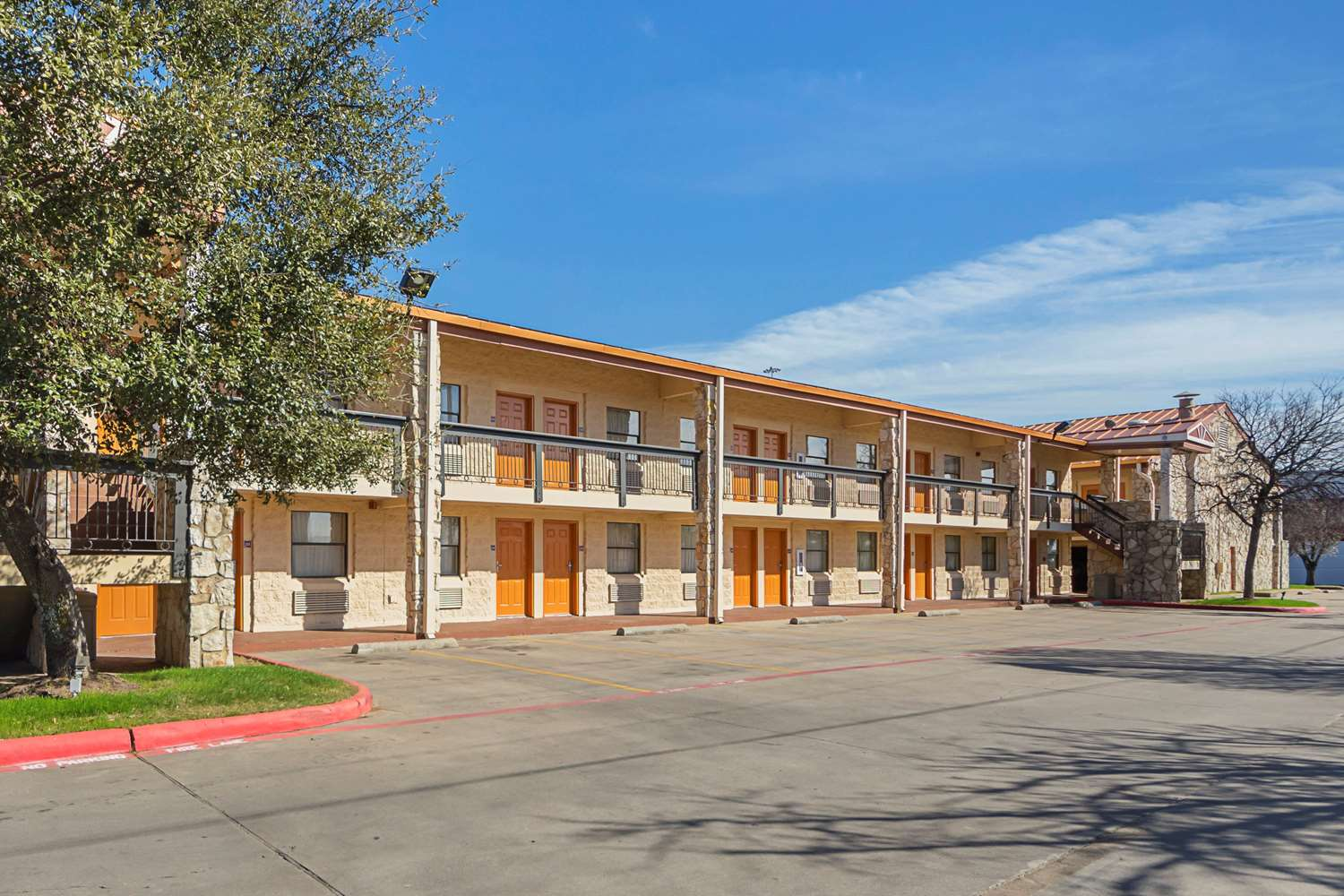 Exterior view - Quality Inn & Suites Richland Hills