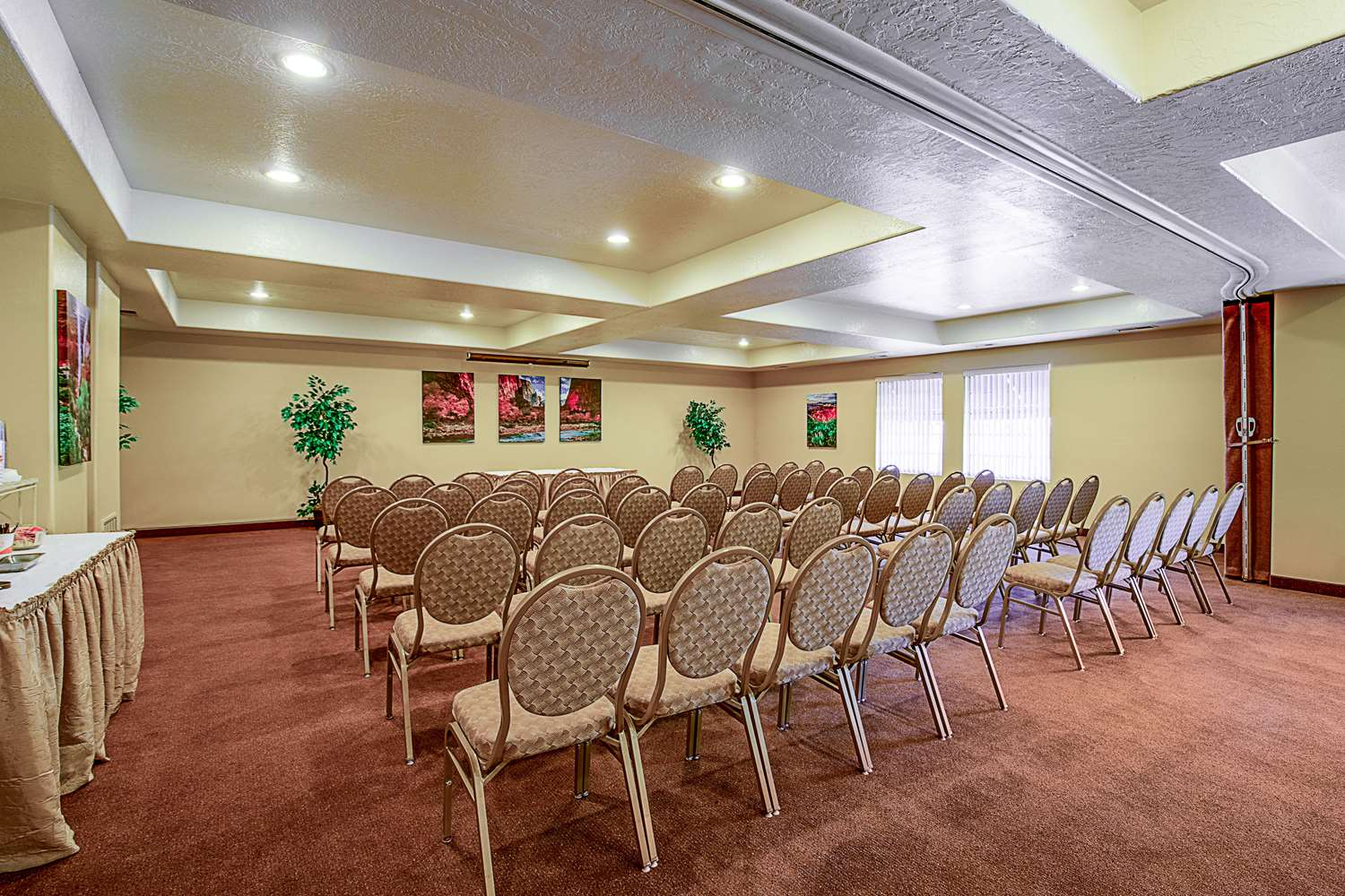 Meeting Facilities - Clarion Suites Hotel St George