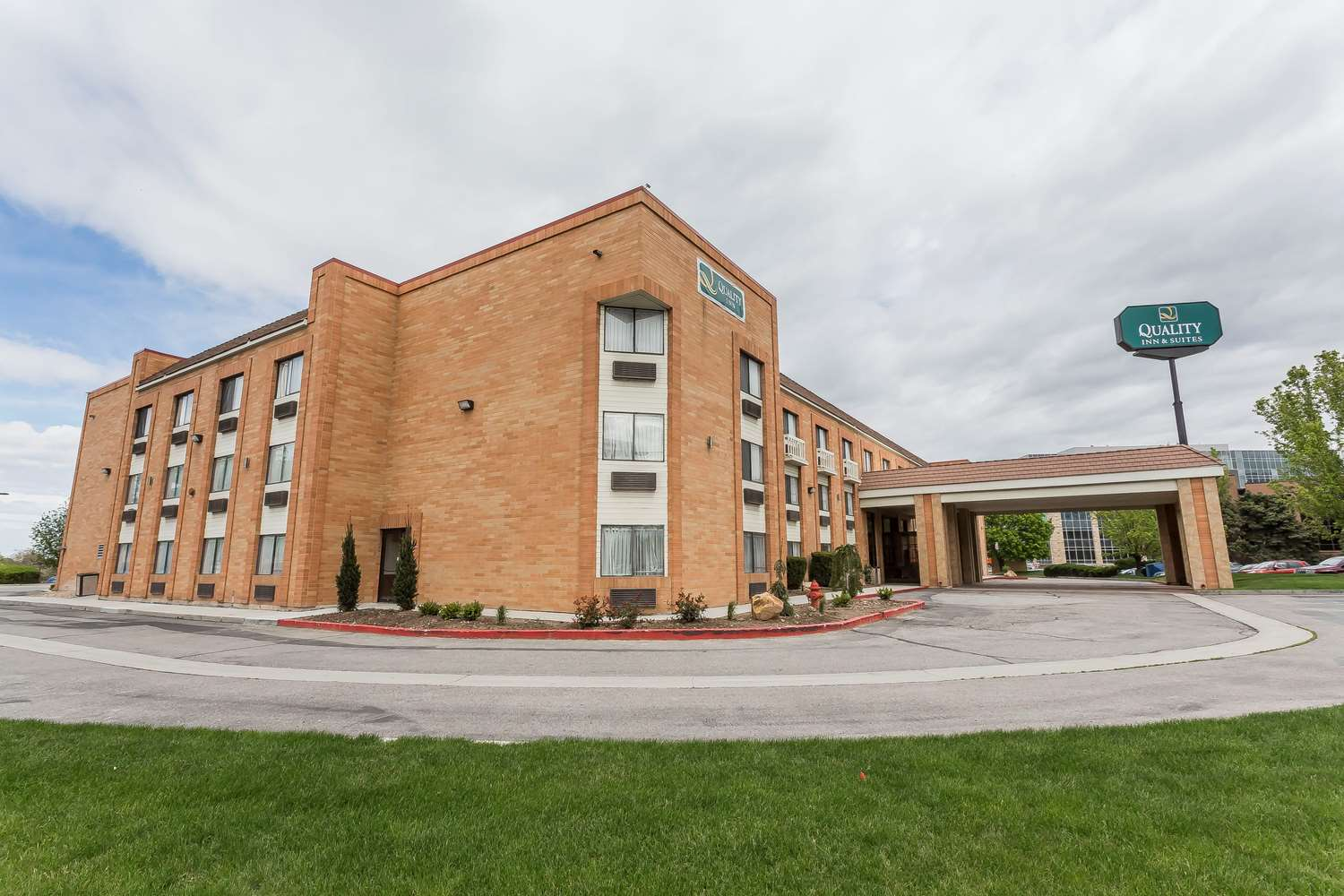 Exterior view - Quality Inn & Suites Murray