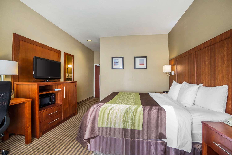 Room - Comfort Inn Woods Cross