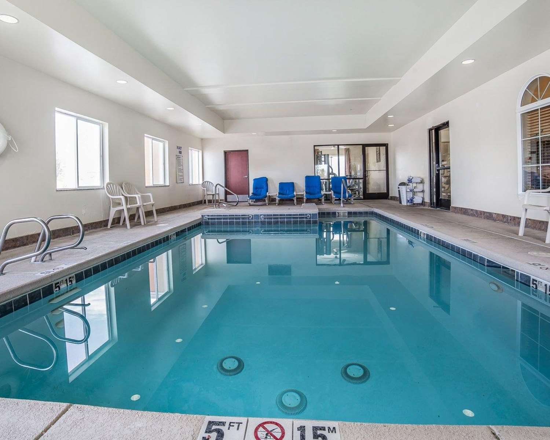 Pool - Comfort Inn & Suites Farr West