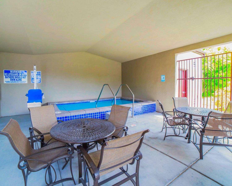 Pool - Comfort Inn Salt Lake City
