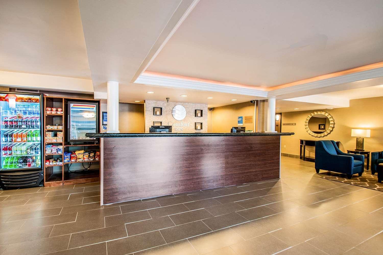 Lobby - Comfort Inn Falls Church