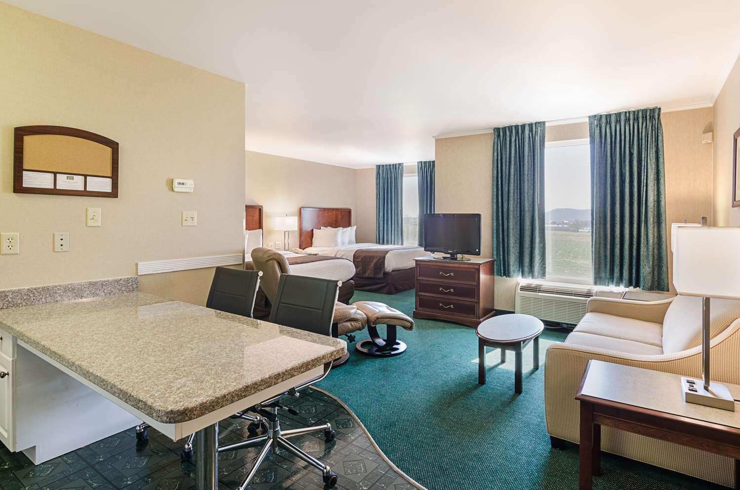 Room - MainStay Suites Airport Roanoke