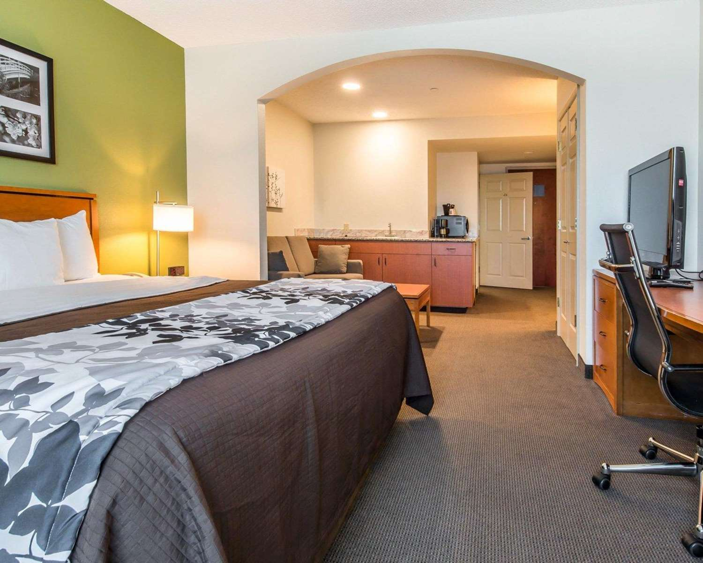 Suite - Sleep Inn & Suites Winchester