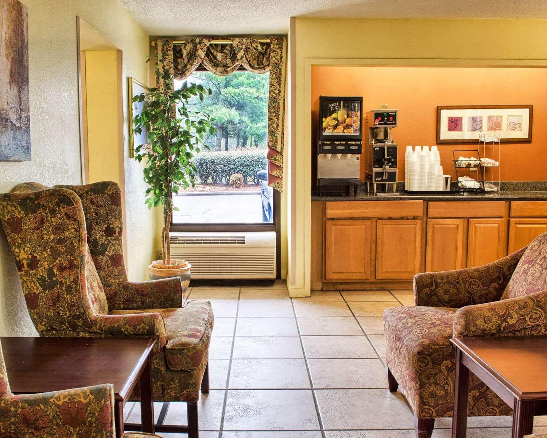Lobby - Econo Lodge West Richmond