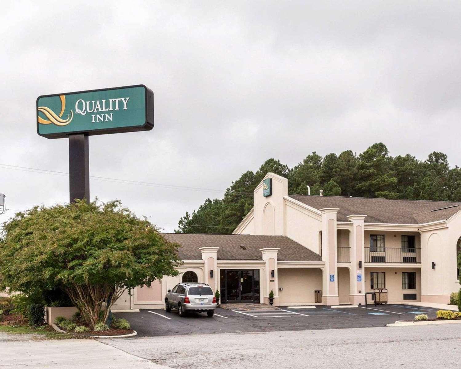 Exterior view - Quality Inn South Hill