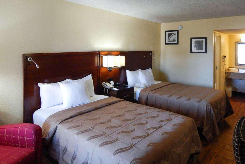 Room - Quality Inn Naval Base Norfolk