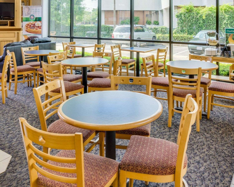 Restaurant - Quality Inn Naval Base Norfolk