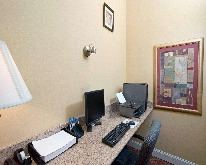 Conference Area - Comfort Inn Martinsville