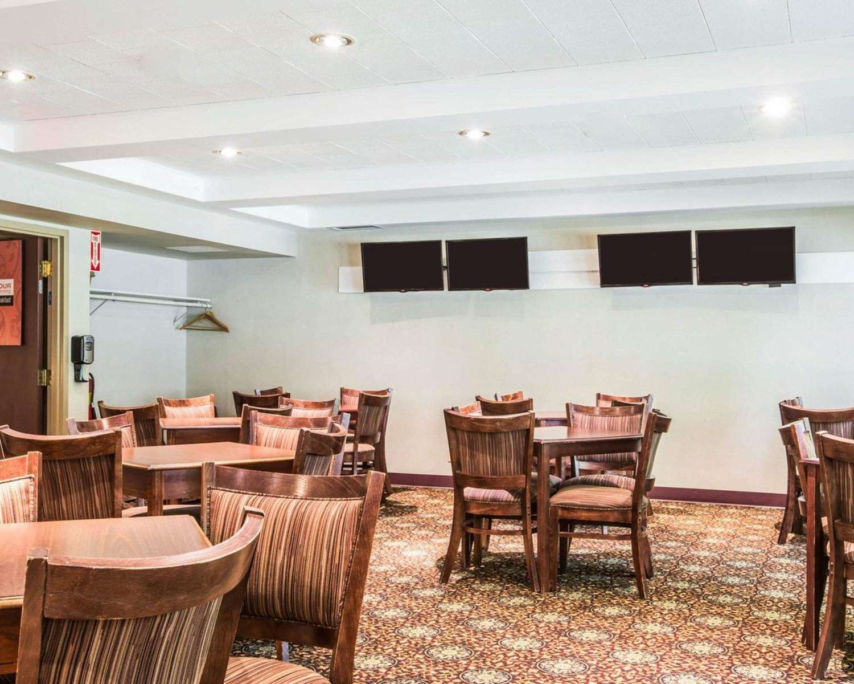 Restaurant - Comfort Inn & Suites at Maplewood Montpelier