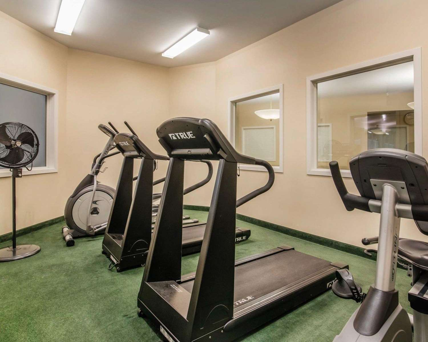 Fitness/ Exercise Room - Quality Inn at Quechee Gorge