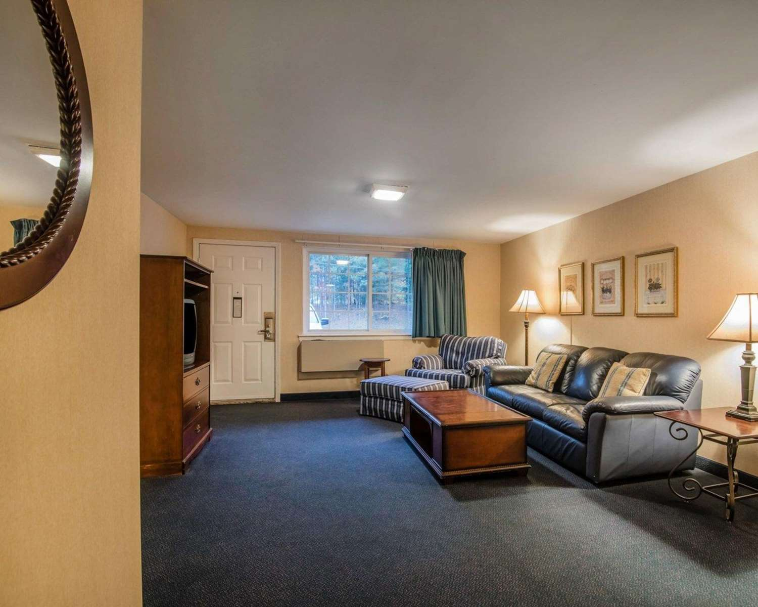 Suite - Quality Inn at Quechee Gorge