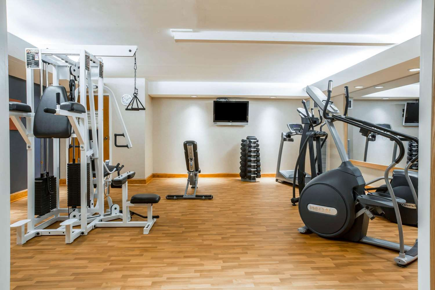 Fitness/ Exercise Room - Comfort Suites South Burlington