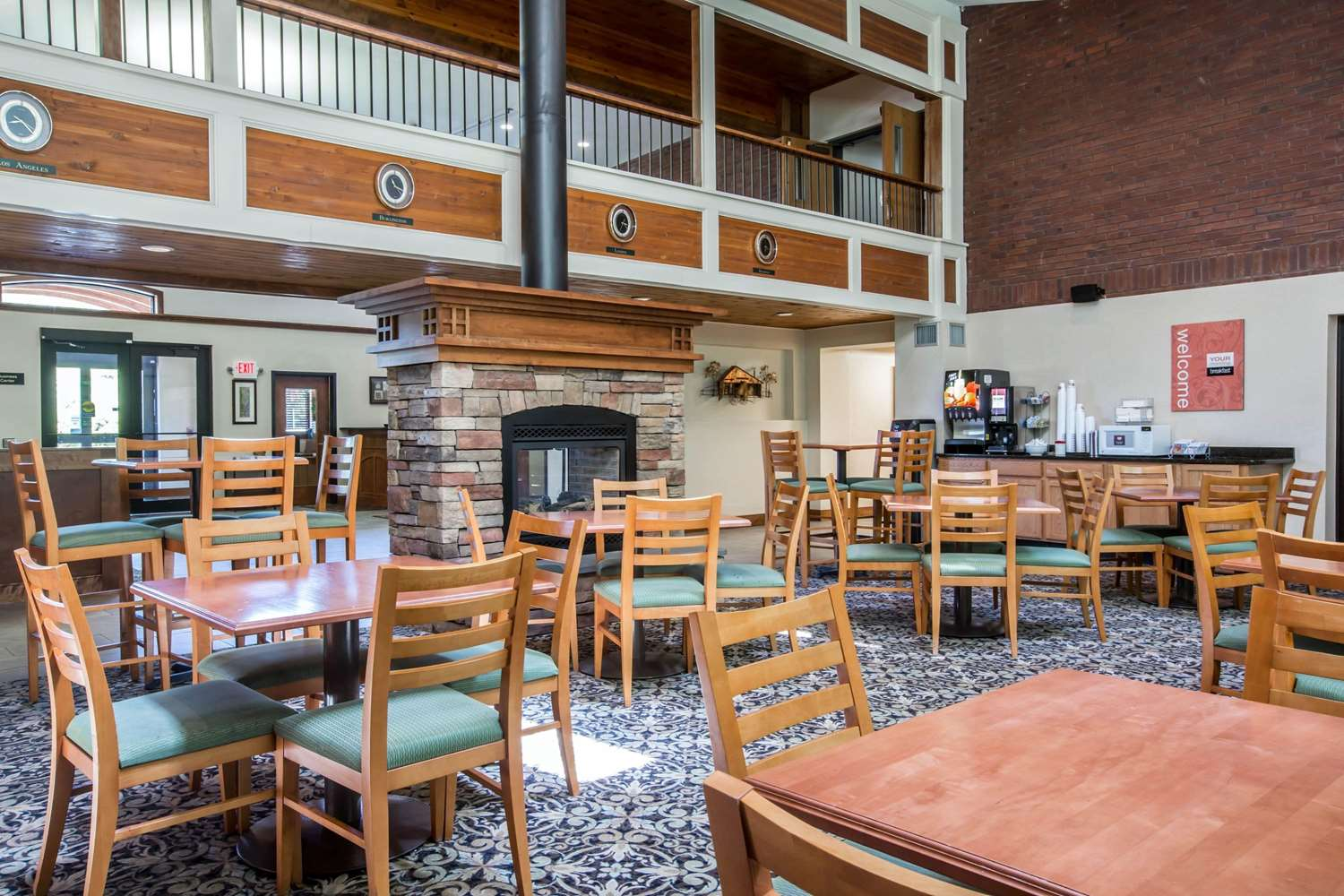 Restaurant - Comfort Suites South Burlington