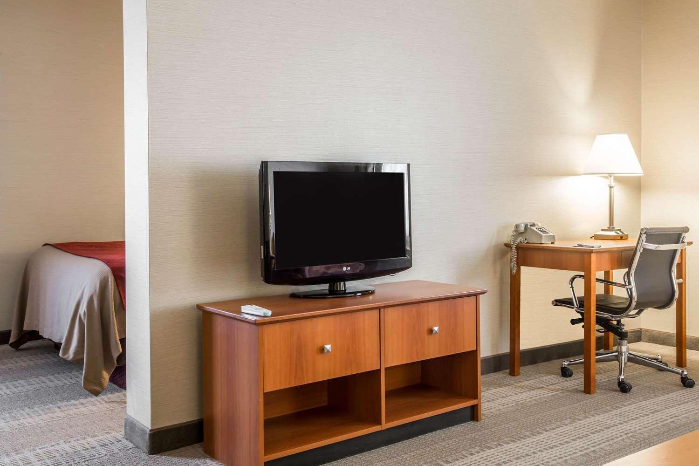 Suite - Comfort Inn White River Junction