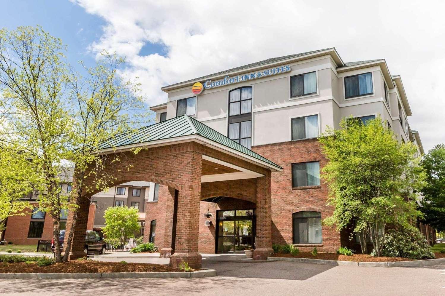 Exterior view - Comfort Inn & Suites South Burlington