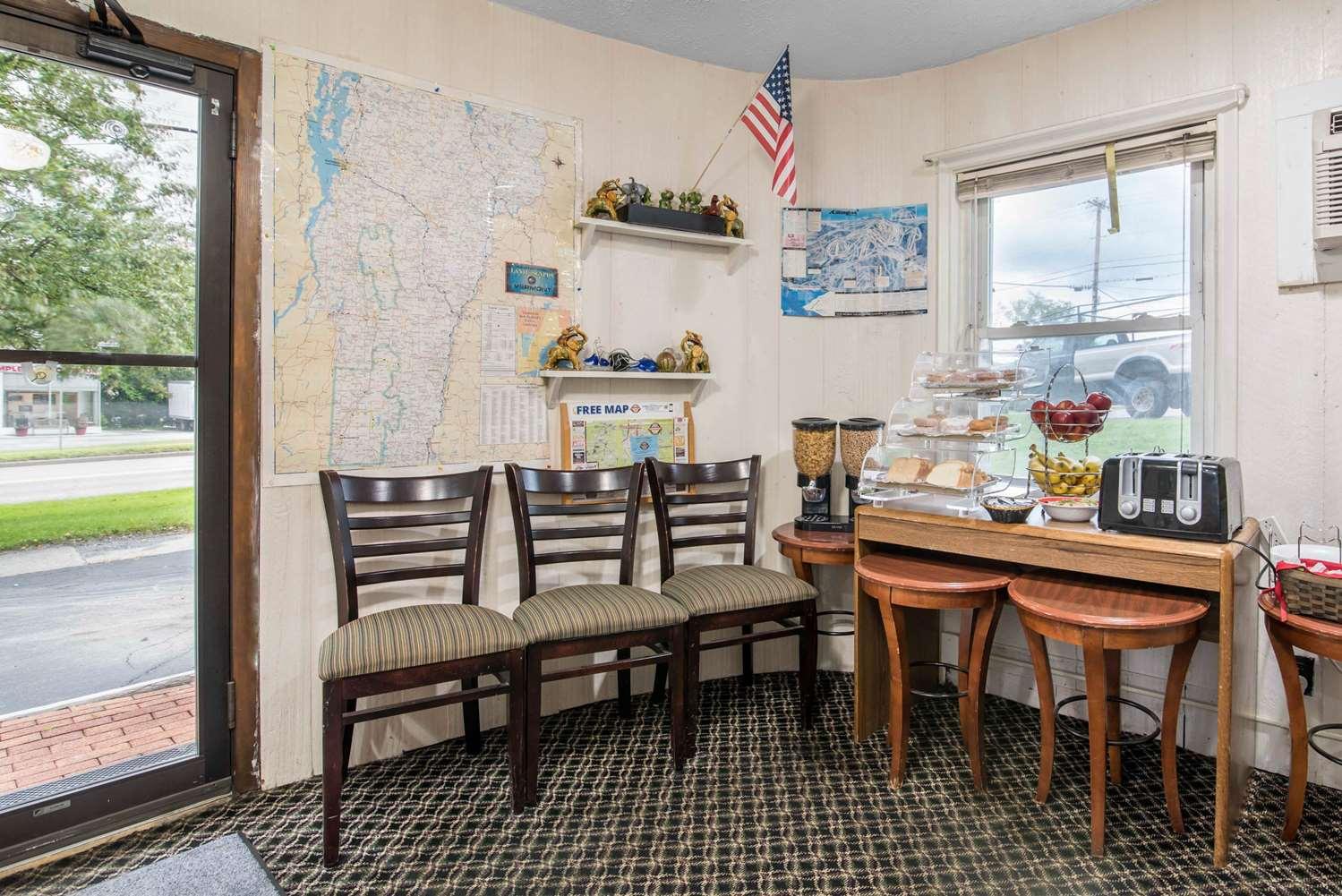 Lobby - Rodeway Inn US 7 Rutland