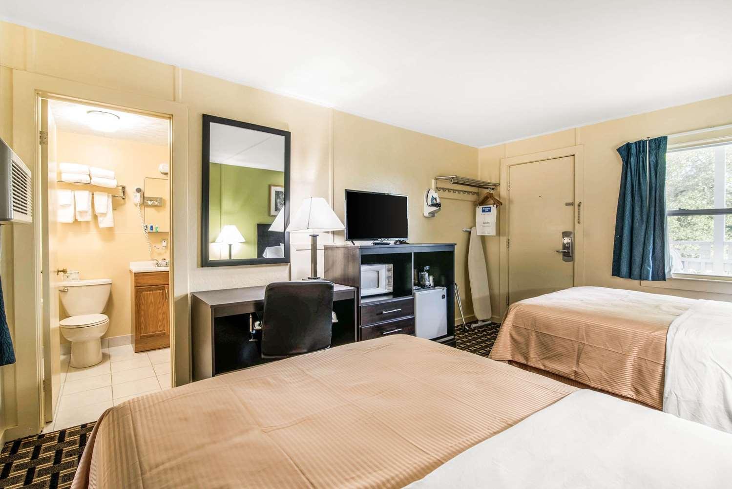 Room - Rodeway Inn US 7 Rutland