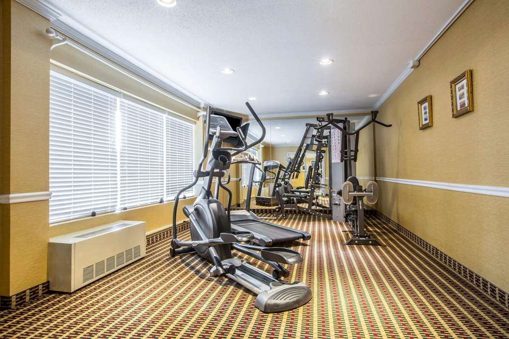 Exercise room with television
