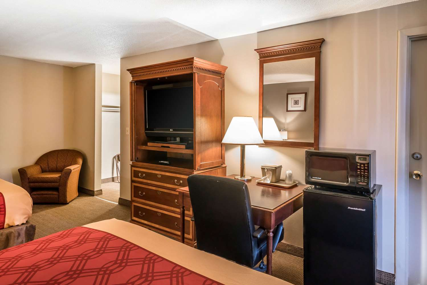 Econo Lodge Yakima, WA - See Discounts