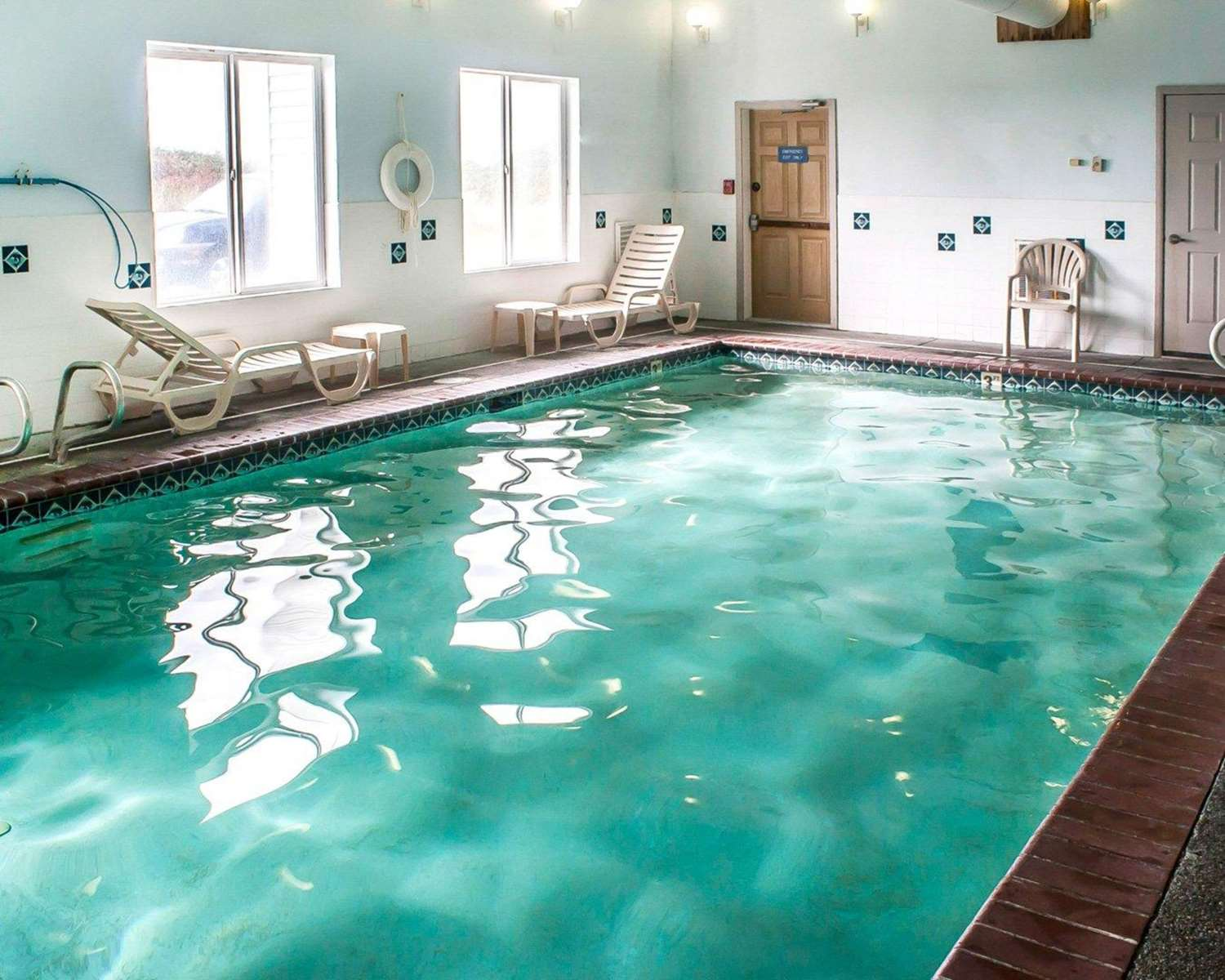 Pool - Quality Inn Ocean Shores